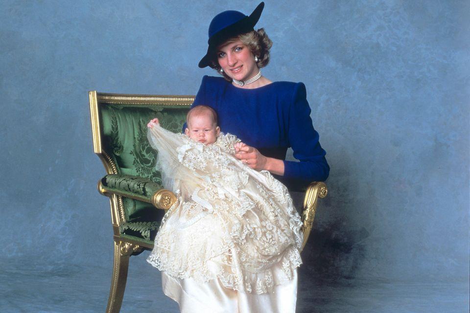 Prinzessin Diana, Prinz Harry, Taufe 1984