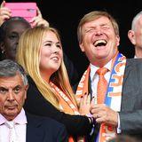 7. Juli 2019  Zumindest haben Prinzessin Amalia und Willem-Alexander auf der Tribüne des Lyoner Groupama Stadiums viel Spaß.