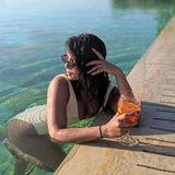 Schöne Aussichten für Nick Jonas: Aktuell urlaubt der Musiker gemeinsam mit seiner Frau, Schauspielerin Priyanka Chopra, in der Toskana. In einem hellen Badeanzug posiert Priyanka sexy im Pool und Nick wird zum Fotografen.
