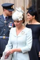 Prinz William und Herzogin Catherine (vorne), Prinz Harry und Herzogin Meghan (hinten)