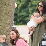 Prinz Louis, Herzogin Catherine, Herzogin Meghan und Baby Archie