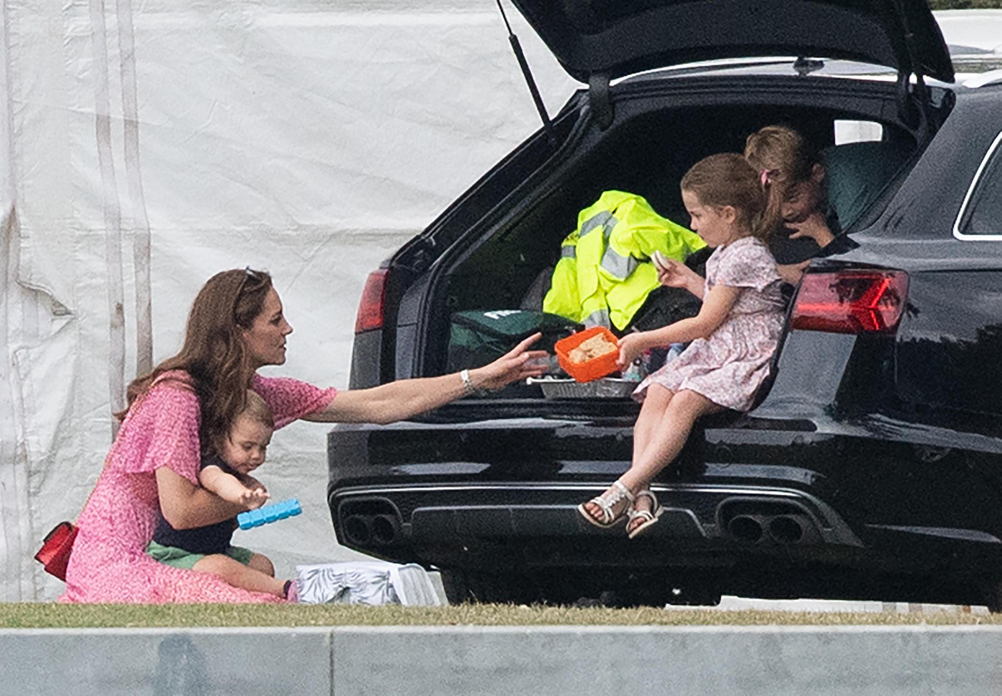 Herzogin Catherine, Prinz Louis, Prinz George undPrinzessin Charlotte