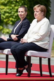 Mette Frederiksen und Angela Merkel