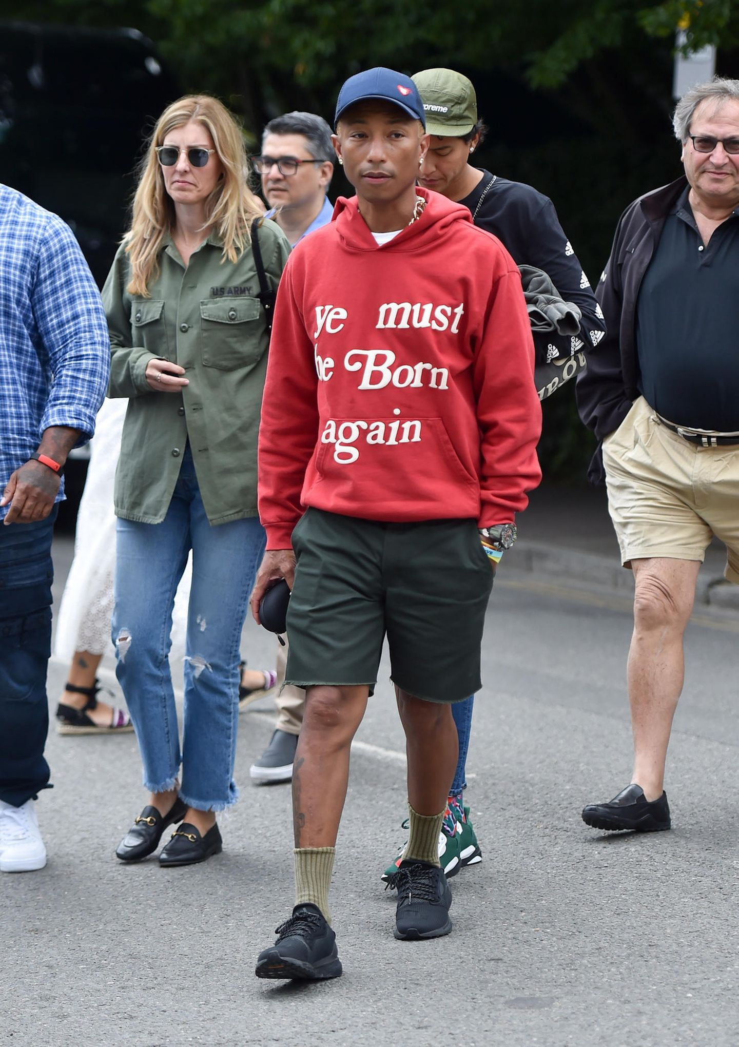 13. Juli 2019  Pharrell Williams ist ein großer Tennis-Fan. Sonst drückt er Rafael Nadal die Daumen. Heute jedoch wünscht er den beiden Finalistinnen viel Glück.