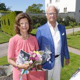 Königin Silvia und König Carl Gustaf halten sich dezent im Hintergrund. Sie lassen dem Geburtstagskind, ihrer Tochter Victoria, den Vortritt.