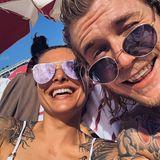 19. März 2019  Die zwei scheinen sich gefunden zu haben: Sophia Thomalla und Loris Karius lachen in die Kamera.