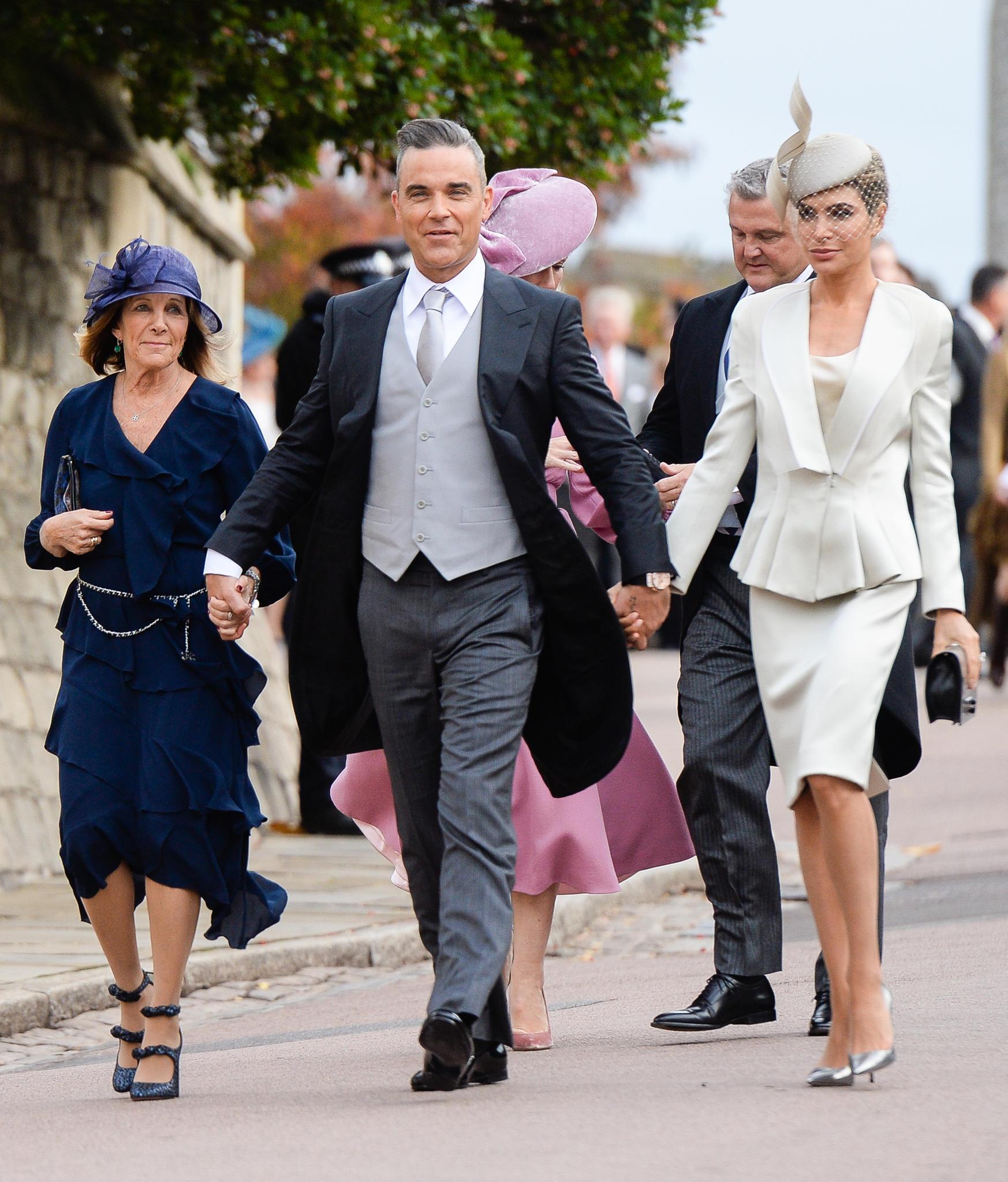 Gwen Field, Robbie Williams und Ehefrau Ayda Field