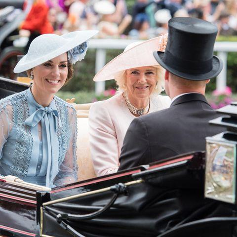 Herzogin Catherine, Herzogin Camilla, Prinz William und Prinz Charles