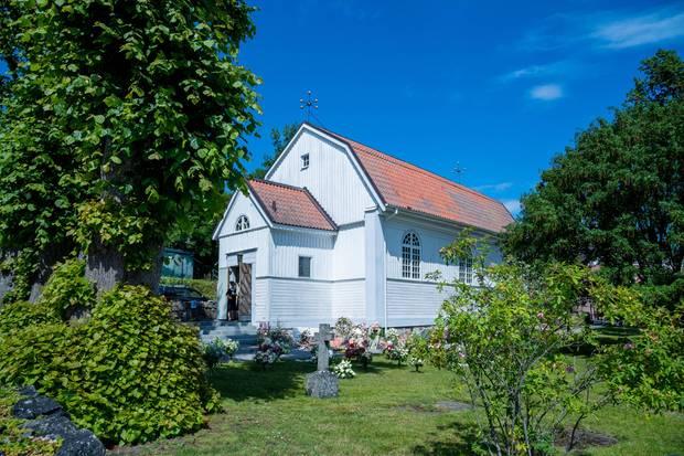 Die Trauerfeier findet in der Kirche von Dalarö statt.