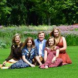 Die niederländische Königsfamilie (v.l.n..r): Königin Máxima, Prinzessin Alexia, König Willem-Alexander, Prinzessin Ariane und Prinzessin Catharina-Amalia