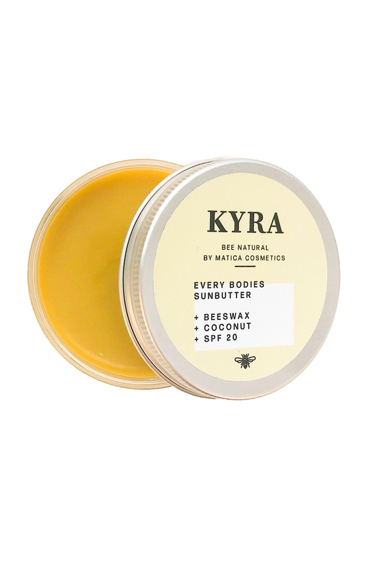 Zwei Fliegen mit einer Klappe: Die Sun Butter Kyra von Matica Cosmetics ist die perfekte Verbindung aus Sonnenschutz und ultra pflegender Body Butter mit Anti-Aging-Effekt. Ca. 40 Euro