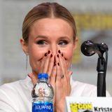"""Kristen Bell ist ganz entzückt über die vielen Fans, die zur """"Veronica Mars""""-Revival-Panel gekommen sind."""