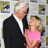 """Groß-kleineKollegenliebe bei den """"The Good Place""""-Stars Ted Danson und Kristen Bell."""