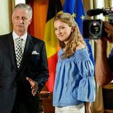 Schon am Tag zuvor zeigte König Philippe seiner Tochter und Kronprinzessin, wie die Aufzeichnung der Rede zum Nationalfeiertag abläuft.