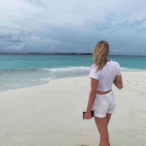 Liebesgrüße aus dem Paradies: Sophie Turner und Joe Jonas genießen ihre ersten Tage als frischverheiratetes Ehepaar auf den Malediven.