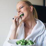 Karolina Kurkova hat auf ihrem Ernährungsprogramm einen großen Favoriten, der ihr dabei hilft, ihre Modelfigur zu halten: Brokkoli!