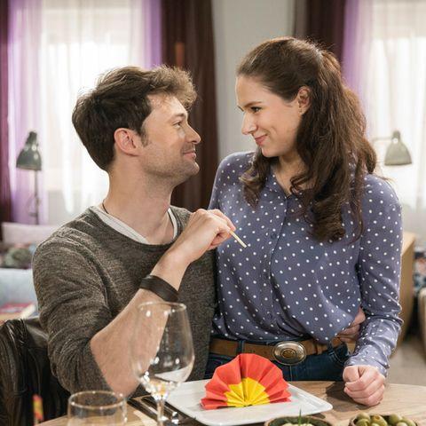 """""""Sturm der Liebe"""": Joshua (Julian Schneider) und Denise (Helen Barke)"""