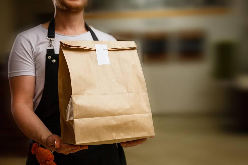 Bei bestelltem Essen sollte man lieber aufmerksam sein(Symbolbild)