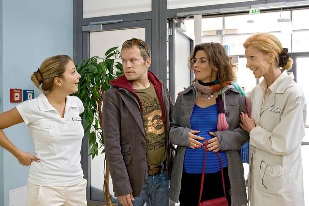 """""""In aller Freundschaft"""" (v.l.n.r.): Schauspieler Arzu Bazmann, Dirc Simpson, Anne Brendler und Jutta Kammann"""