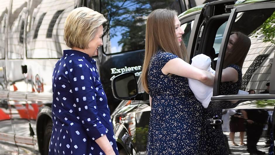 Hilary Clinton, Chelsea Clinton