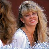Linda Sobek  Die frühere Cheerleaderin Linda Sobek arbeitet als Model undSchauspielerin, als sie im 1995 Alter von 27 Jahren verschwindet. Acht Tage später führt ein Fotograf die Polizei schließlich an den Platz der Leiche im Los Angeles National Forest. Der Fotograf, der 38-jährige Charles Rathbun, gesteht die Tat und wird wegen Mordes und sexuellen Missbrauchs verurteilt.