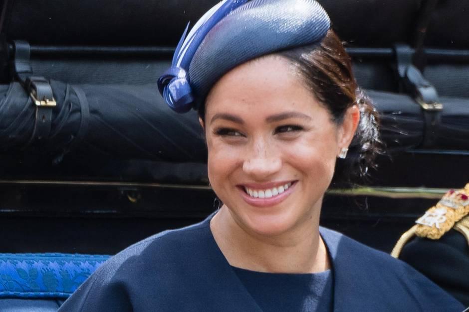 Für den guten Zweck:Herzogin Meghan macht jetzt Mode
