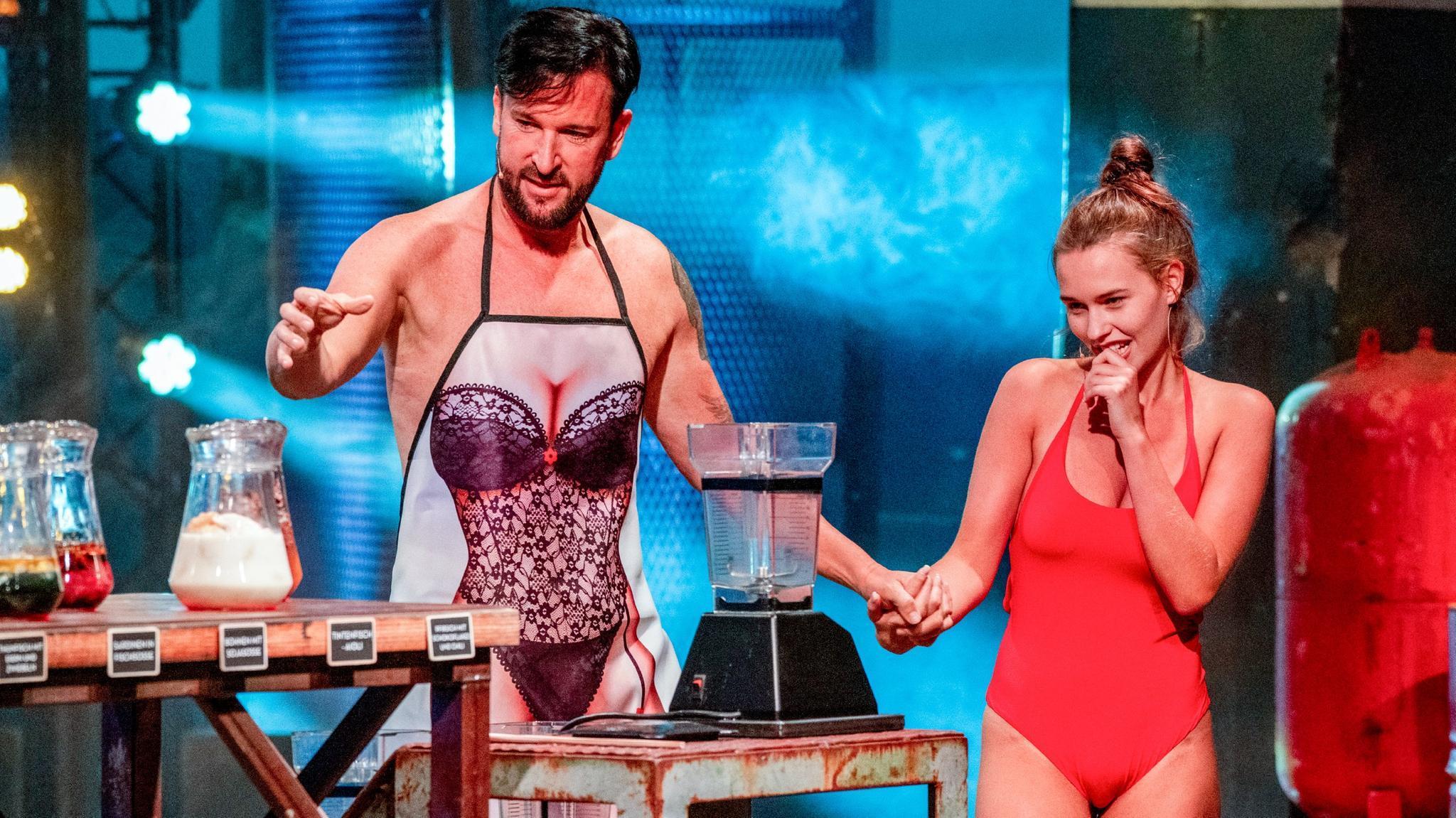 """Michael Wendler und Laura Müller beim Intim-Quiz """"Der blöde Mixer"""""""