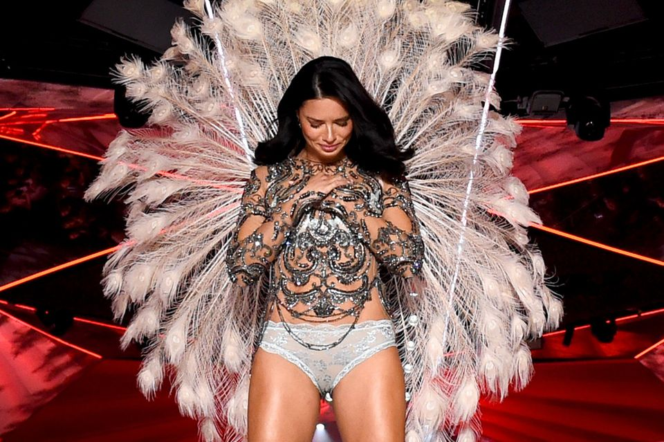 Adriana Lima auf dem Catwalk von Victoria's Secret
