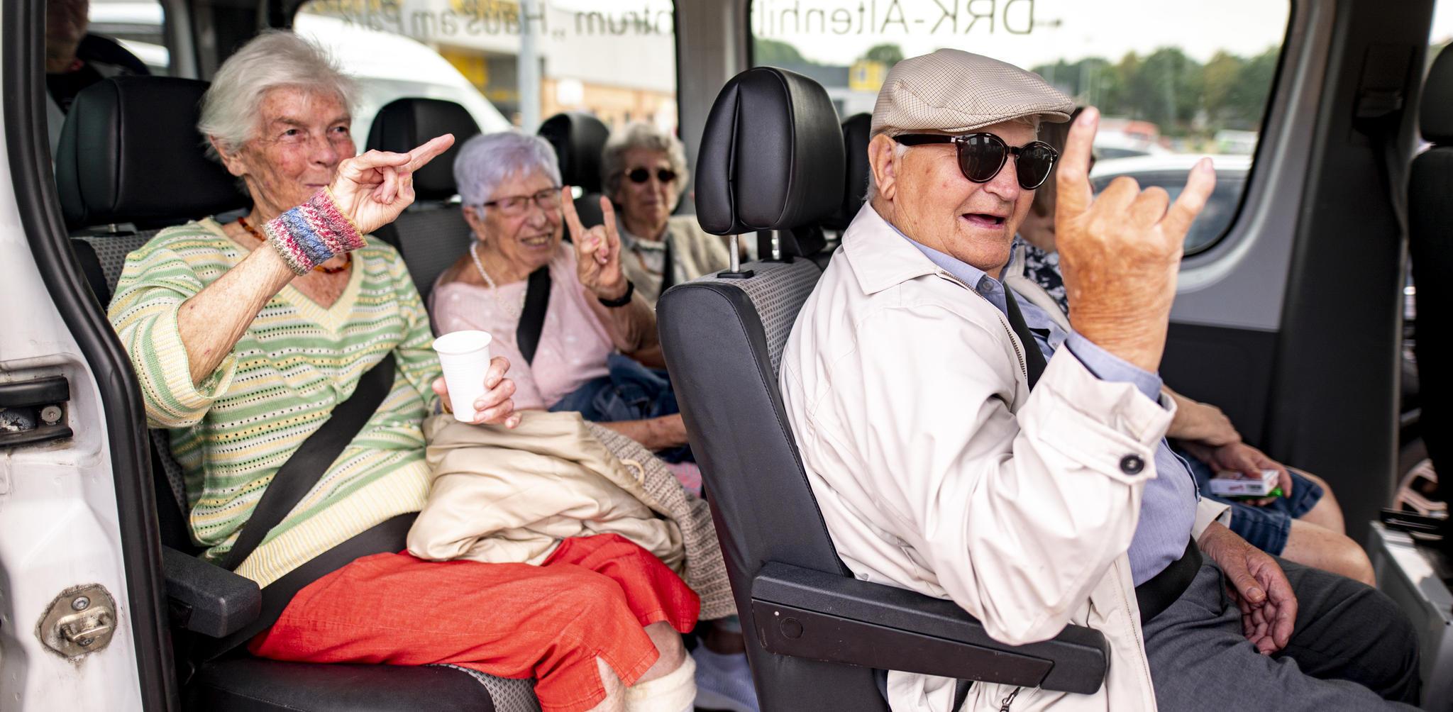 Seniorenheim auf dem Weg zum Wacken Open Air
