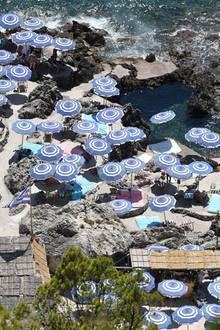 Das Restaurant ist ein Promi-Hotspot auf der Insel und bietet mit einem direkten Zugang zum Wasser die perfekte Location für einen Hangover-Nachmittag.