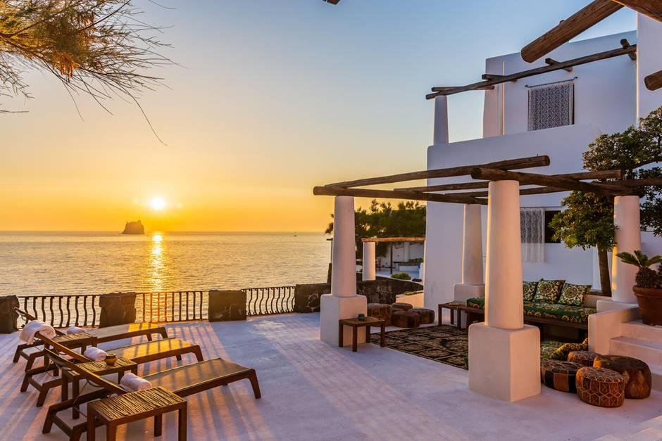 Die Luxusvilla auf Stromboli/Sizilien steht zum Verkauf.