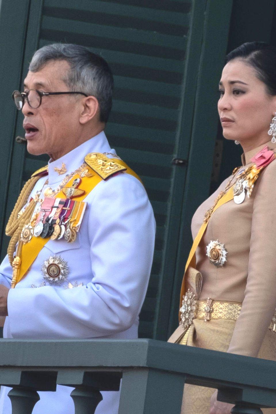 König Maha Vajiralongkorn + Königin Suthida