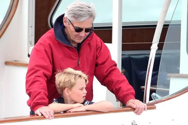 Prinz George und Opa Michael Middleton