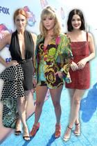 Brittany Snow, Taylor Swift, Sarah Hyland