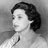 Margaret verzichtet auf ihre große Liebe und beendet die Beziehung. Die Entscheidung, Peter Townsend nicht zu heiraten,wird im Oktober 1955 offiziell verkündet.
