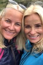 Prinzessin Mette-Marit und Renate Jonassen
