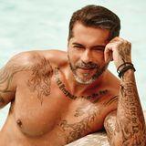 Aurelio Savina (41)   Bachelorette Anna Hofbauer konnte er trotz viel Aufmerksamkeit nicht überzeugen und auch im Dschungelcamp hat es nicht für die Krone gereicht.