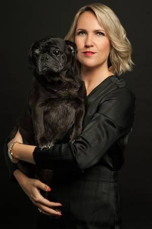 Nicole Engel ist Verhaltenstherapeutin mit einem sexualtherapeutischen Schwerpunkt.