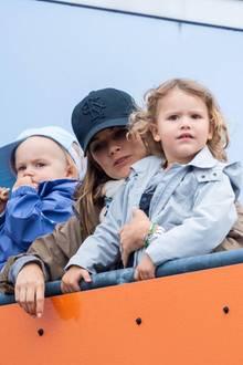 17. August 2019  OmaHellqvist und Prinzessin Sofia besuchen mit den Kindern Prinz Gabriel und Prinz Alexander ihren Rennfahrer-Papa Carl Philip beimTraining zum Porsche Carrera Cup.