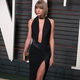 Ein Look, den auch wir jederzeit kopieren würden: Auf der Vanity Fair Oscar Party im Jahr 2016 strahlt Taylor Swift ebenfalls in dem ausgefallenenAlexandre-Vauthier-Kleid.