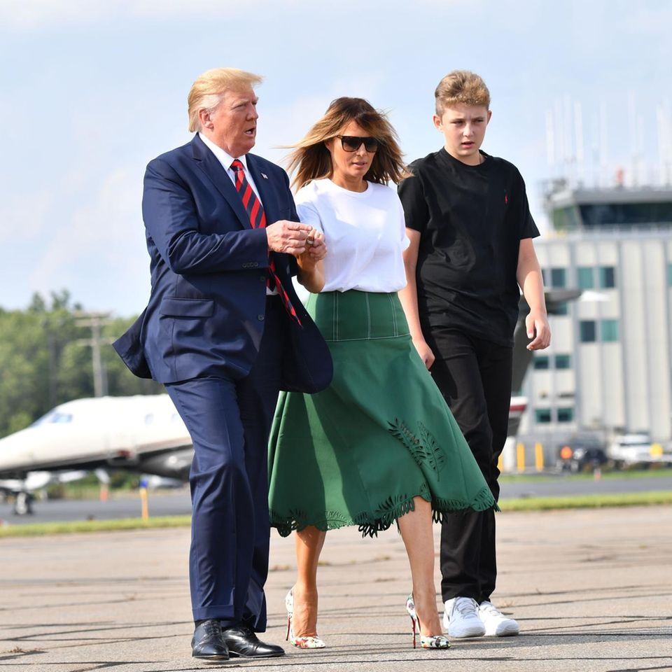 Donald, Melania und Barron Trump am 18. August nahe Washington