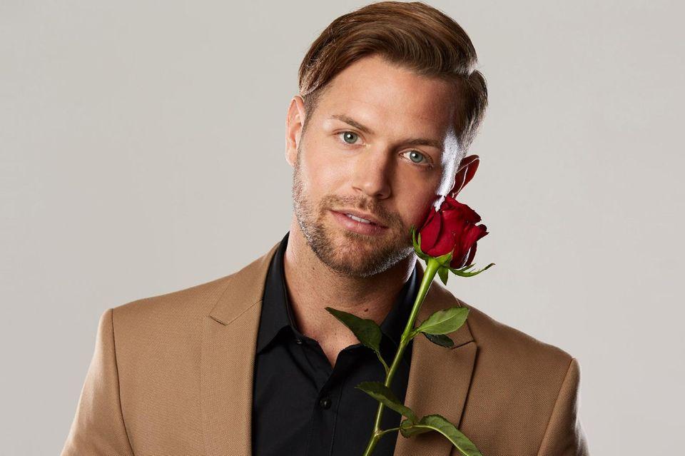 """""""Die Bachelorette""""-Kandidat Florian Hausdorfer wirft vorzeitig das Handtuch."""