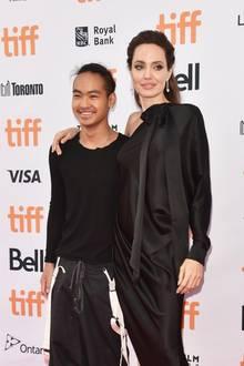 Maddox Jolie-Pitt und Angelina Jolie