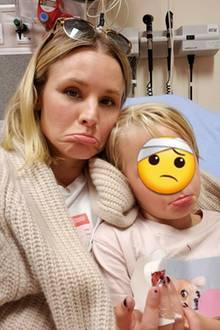 Kristen Bell musste mit ihrer Tochter zum ersten Mal in die Notaufnahme fahren. DieKleinehatte sich unglücklicherweise den Finger in der Tür eingequetscht. In ihrem Instagram-Post bedankt sich die Schauspielerin für die fürsorgliche Behandlung des Ärzteteams.