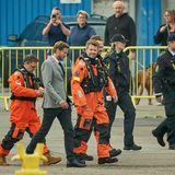 22. August 2019  Bei der Einweihung eines neuen Offshore-Parks in Hvide Sande fasst Prinz Frederik in voller Arbeitermontur selbst mit an.