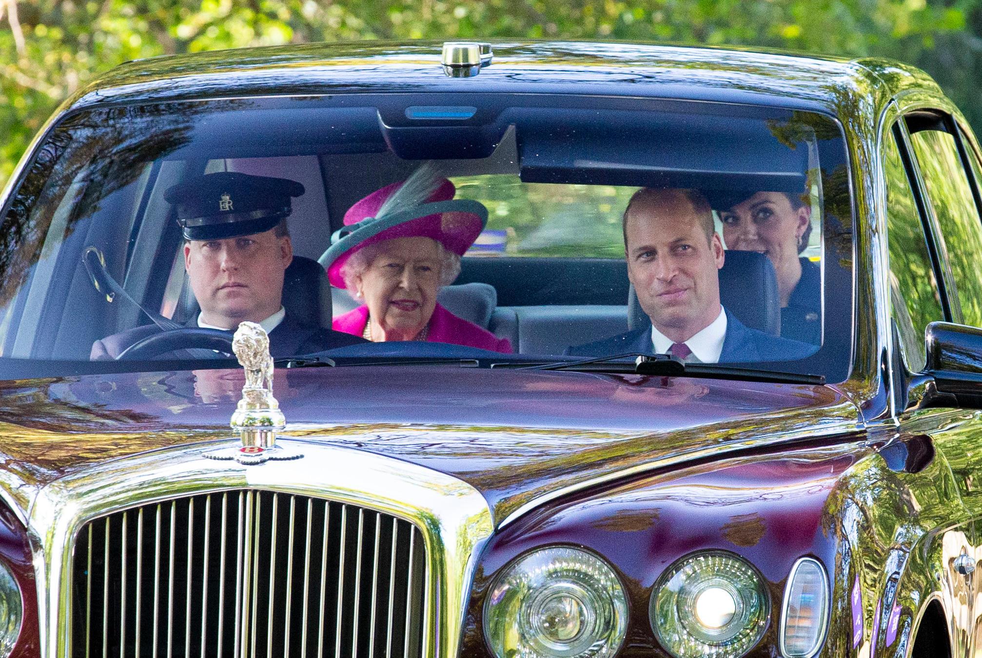 Queen Elizabeth, Prinz William, Herzogin Catherine