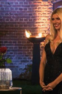 """""""Die Bachelorette"""" Gerda Lewis bei der vorletzten Nacht der Rosen."""