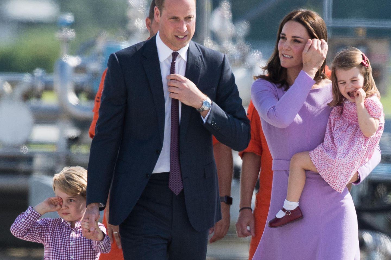 Die Familie Cambridge (v.l.n.r.): Prinz George, Prinz William, Herzogin Catherine und Prinzessin Charlotte