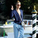 Auch Model Martha Hunt ist nach Venedig gereist.