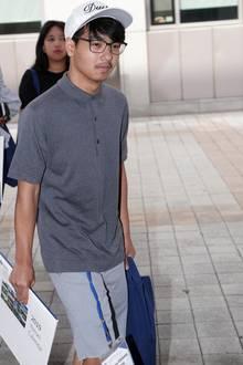 Maddox Jolie-Pitt bei seinem ersten Uni-Tag. Er studiert an derYonsei Universität in Südkorea Biochemie.